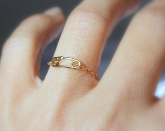 Delicate Gold Fill Chain Ring - Safety Pin Charm - Sterling Silver Safety Pin Jewelry , Inspirational ring ,  cute Ring