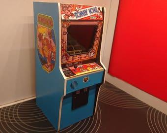Dollhouse miniature arcade machine, Donkey Kong game, 1/12 scale