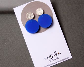 Circle Earring, Sterling Silver Ear studs with Cobalt Blue Plexi,  Geometric Earring, Modern Silver Jewelry, Contemporary art