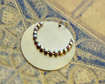 Pendant gold sequin and rhinestone ab - way Gas sequin - gold brass brushed - glamour - necklace - bracelet - gold charm