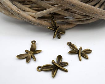 5 bronze Butterfly charms