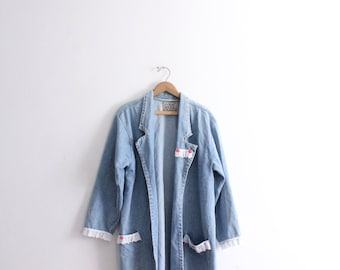 Minimal Girly 90s Denim Jacket