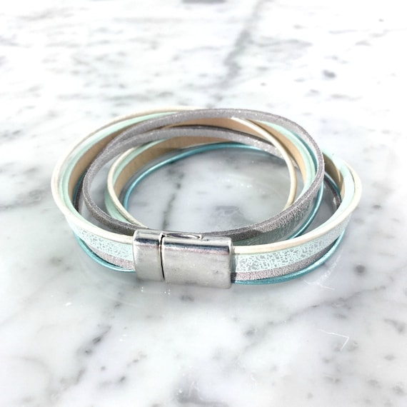Leather, magnetic, magnet, bracelet, light blue, turquoise, grey, white, silver, choker necklace, magnet, les perles rares
