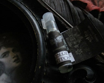 Season of the Witch Gypsy Apothecary Natural Perfume Oil Vial Sample,Coriander,Cinnamon,Rose,Lavender,Amber,Apples,Patchouli,