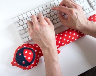 Keyboard Wrist Cushion Polka Dots Blue Face