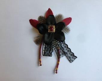 Anspruchsvollen schwarzen Stift satin Spitze Federn Perlen