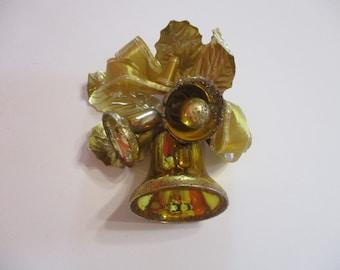 Vintage Christmas Corsage-Boutonniere-Pin-Original Box