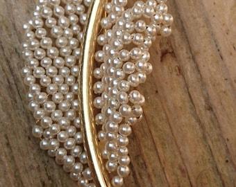 Vintage seed Pearl leaf brooch