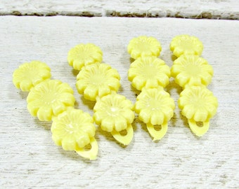 Vintage Yellow Flower Hair Clip Barrette Set, Girls Plastic Barrettes Hair Clips for Toddlers, 1960s Vintage Hair Accessories for Girls