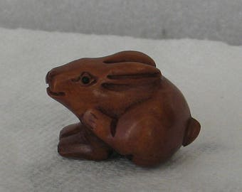 Carved  Boxwood Rabbit Bead 20mmx15mmx15mm