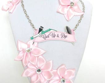 Curl Up & Dye Banner Necklace