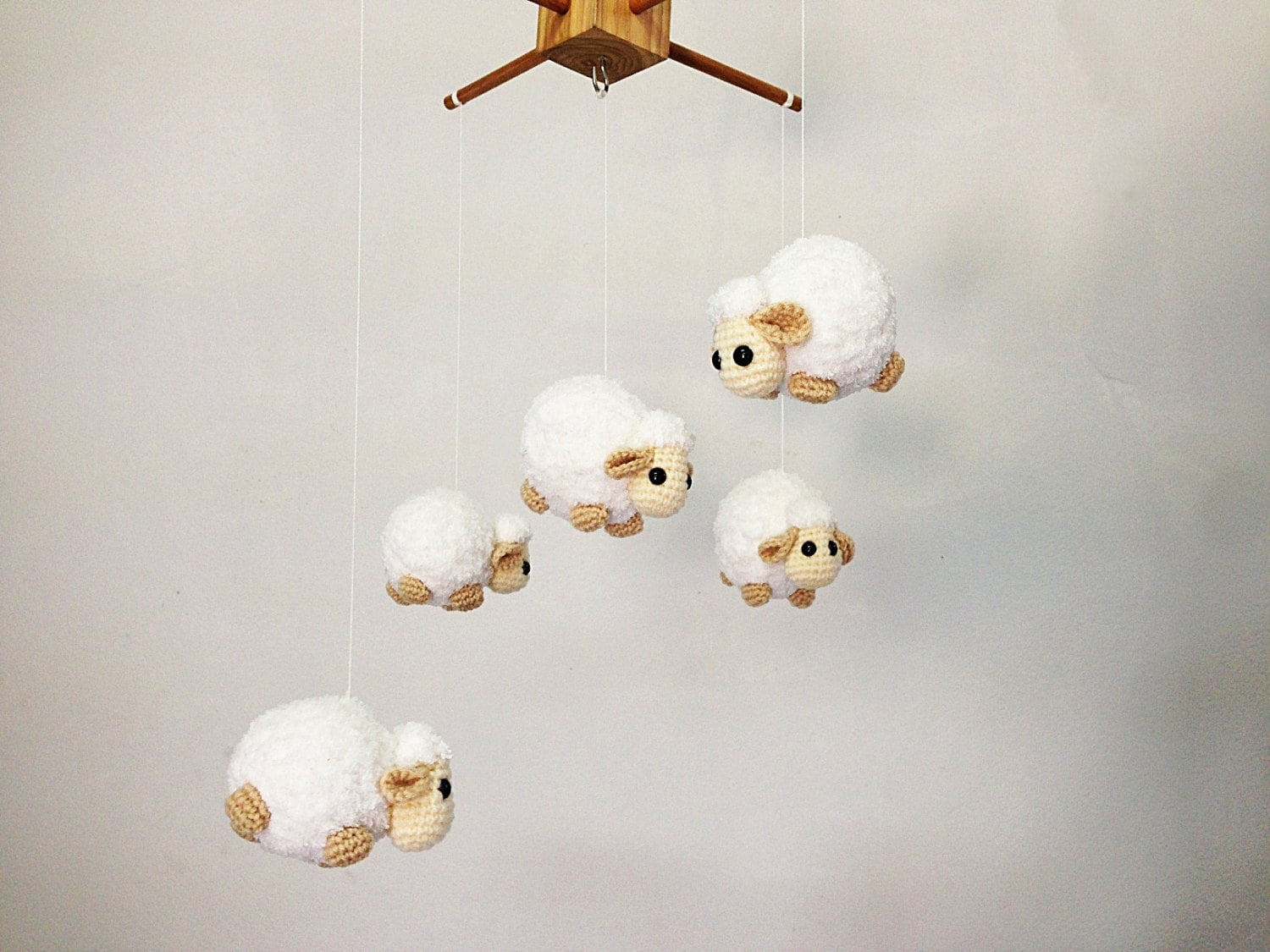 baby mobile crochet cute counting sheep sheep baby. Black Bedroom Furniture Sets. Home Design Ideas
