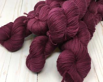 Hand Dyed Yarn on Merino cashmere Nylon MCN Purple - Stela Stage