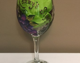 Hand Painted Wine Glass, Mommy's Sippy Cup Theme