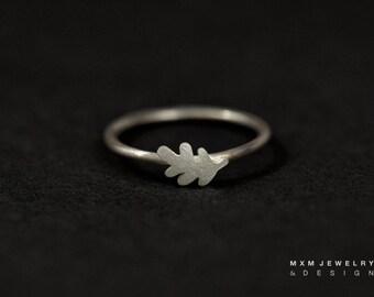 Sterling Silver Little Oak Leaf Ring