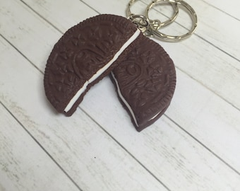 Oreo cookie best friend keychains, miniature food keychain, miniature food jewelry, oreo cookie necklace, polymer clay food jewellery
