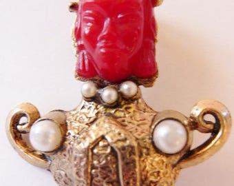 Asian Princess figural pin genie brooch | Selro style | Har style | unsigned vintage jewelry | carnelian red | gold tone