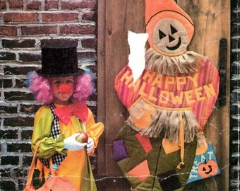Butterick 5877 Halloween Trick or Treat Bags, Banner, Scarecrow, Windsock & Transfer .... BOO! / 1987 All Sizes UNCUT