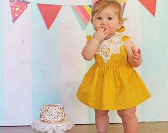 Babies 1st Birthday Yellow Rose Pom Pom Party Hat