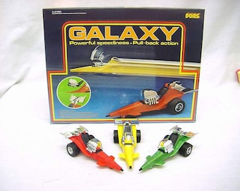 "Vintage Galaxy Racers Friction powered space ""SSP"" style cars Fun science fiction 10 in store display"