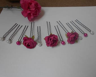 Fuchsia and white hair - pins - roses and pearls mounted on hair clips