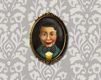 Ventriloquist Dummy Brooch,  vintage ventriloquist Puppet Pin, Retro Theater Art, Vaudeville, Music Hall, Side Show, Circus, Carnival