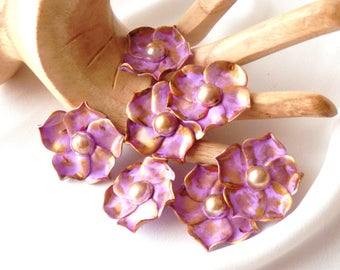 Cabochon flower delicate purple and gold number 2 has the unit