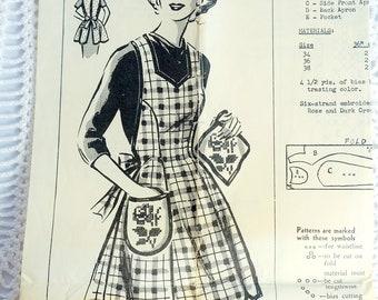 Vintage Mail Order Sewing Pattern- Patt-O-Rama Patterns 387-N Ladies Apron Bust 34-38