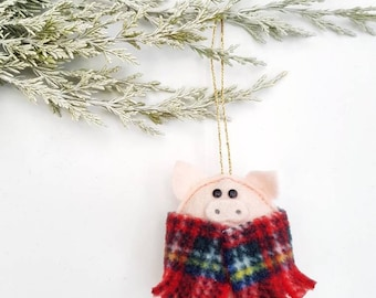 Pigs in Blankets, felt Christmas decorations.
