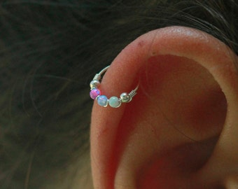 Cartilage  Earring / silver cartilage earring/ tiny cartilage earring / 24g cartilage earring / cartilage hoop earring  /small cartilage
