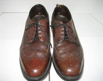 Vintage BARCLAY Men's Brown Leather Long Wingtip Oxford 10 E Dress Shoes,