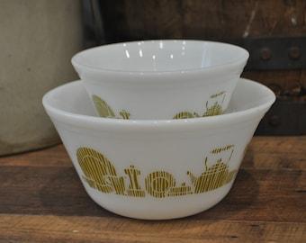 Federal Glass Mixing Bowl Pair - Green Kitchen Pattern