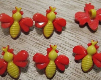 Plastic buttons with Dragonfly shaped foot
