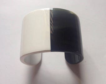Buffalo Horn Cuff Bracelet ,Horn Cuff Bangle Bracelet, Lacqued in snow white Color Handmade Jewelry -VTC028