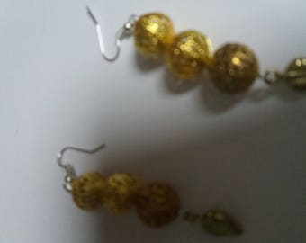 vintage earring gold