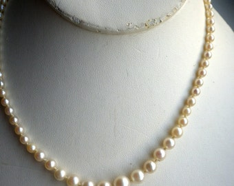 Pearl Necklace - 10K White Gold Clasp - Vintage - Faux Pearls.