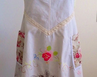 Upcycled apron, Shabby chic full apron, vintage tablecloth, coverall, lace, pockets, charming hostess gift mom. Cross back apron  zero waste