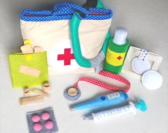Children's suitcase doctor in fabric with felt accessories