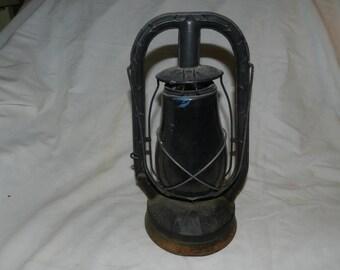 Dietz Monarch Oil or kerosene Lantern / Lamp                                                                                  --- 6-51
