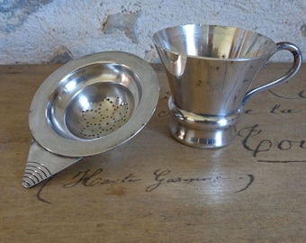 Hallmarked French silver tea strainer and cup / drip catcher