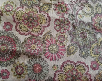 Poppy Lg Floral White Cotton Fabric Sold by the Yard