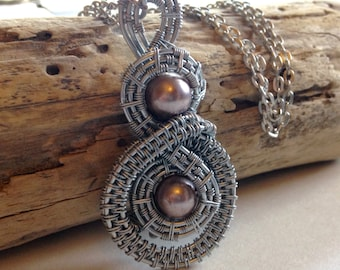 Dusty Pink pearl Wire Weaved Pendant,Pendant, Wire Weaved pendant,Wire Weaved jewelry, For Her