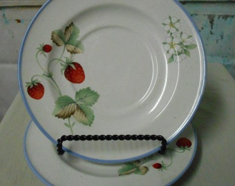 "Two 6"" saucers Savoir Vivre Luscious  JJ017 Strawberry pattern"