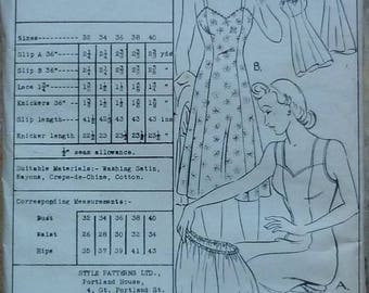 """Vintage Sewing pattern. Style 4469. Lingerie pattern. 1940s. Bust 38"""""""