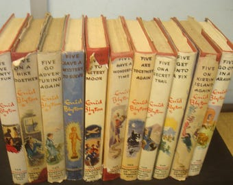 Set of 11 Famous Five Reprints with Dust Jackets