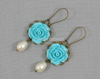 Light blue flower cabochon earrings,Swarovski cream pearl earrings,Vintage style earrings,Earrings gift,Bridesmaid earrings,Rose earrings.
