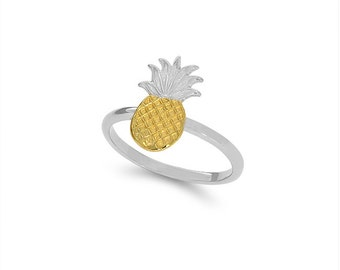 14k solid gold two tone pineapple ring. tropical ring.