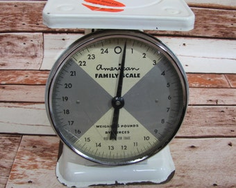 Vintage Scale ~ American Family Scale ~ Gray White Face ~ Cream Off White ~Farmhouse Decor ~ Rustic Patina Vintage Kitchen Scale~ Food Scale