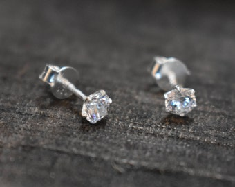 Silver small studs,92.5 sterling silver studds,beautiful studs,small studds, beautiful studs