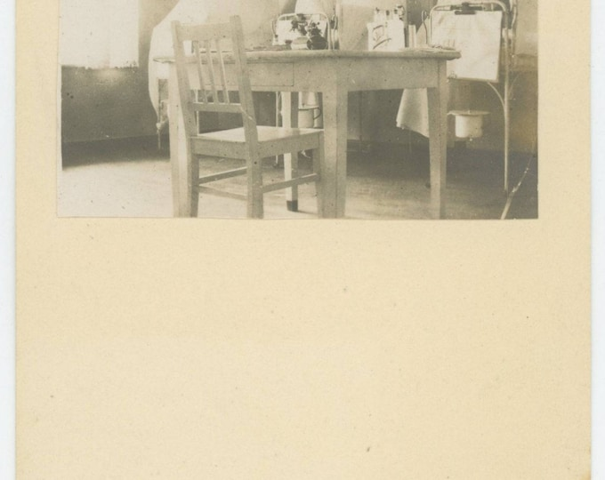 Vintage Snapshot Photo: Nurses, Germany 1925 (711623)